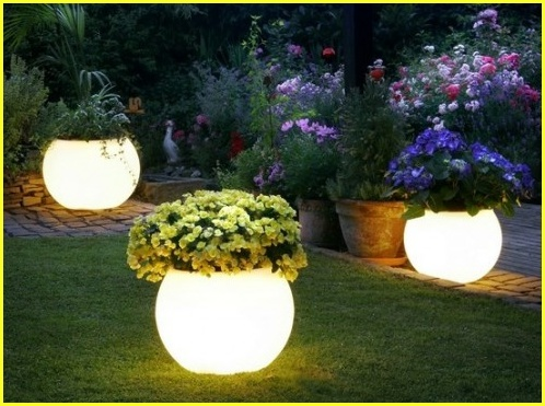 Yard small town diy for How to make illuminated tree stumps